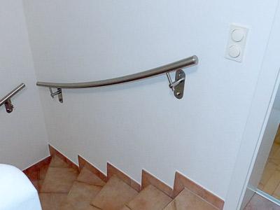 gewalzter Handlauf in der 3. Flucht der viertelgewendelten Treppe