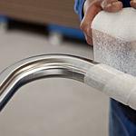 Handläufe aus Edelstahl werden bis 6 Meter in einem Stück gefertigt