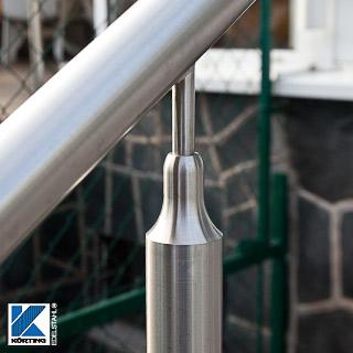Handlaufstütze aus Edelstahl mit Bohrung - Detail Befestigung des Pfostens am Edelstahlhandlauf