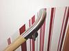 Holzhandlauf mit Edelstahlhaltern - oberes zur Wand gebogenes Ende