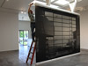Glasklemmen im Einsatz bei einer Kunstausstellung in Los Angelos - Aufbauarbeiten