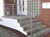 Treppengeländer Edelstahl außen - schräger Verlauf wegen breiter werdender Stufen