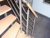 Treppengleänder aus Edelstahl mit Querstreben und einem Holzhandlauf - Ansicht von oben