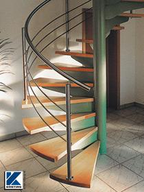 Körting Geländer aus Edelstahl auf Spindeltreppe mit Holzstufen