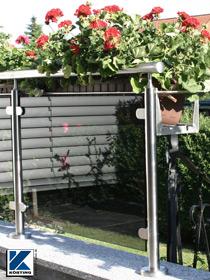 Körting Geländer aus Edelstahl für Balkon mit großflächiger Glasfüllung