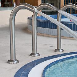 Edelstahl Werkstoffe für den Schwimmbad Bereich