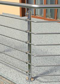 Geländerpfosten für eine Füllung mit Querstreben, welche mit Stabhaltern verschraubt werden