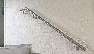 Edelstahl Werkstoff Korrosionswiderstandsklasse II - V2A - gebogene Treppenhandläufe für den Innenbereich